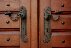 symetric door handles