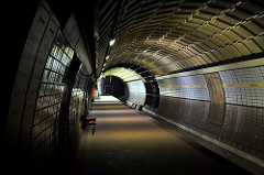 subway by Tim Knopf is licensed under a Creative Commons Attribution 4.0 International License.